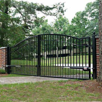 Cascade 14' Dual Steel Driveway Gate 1
